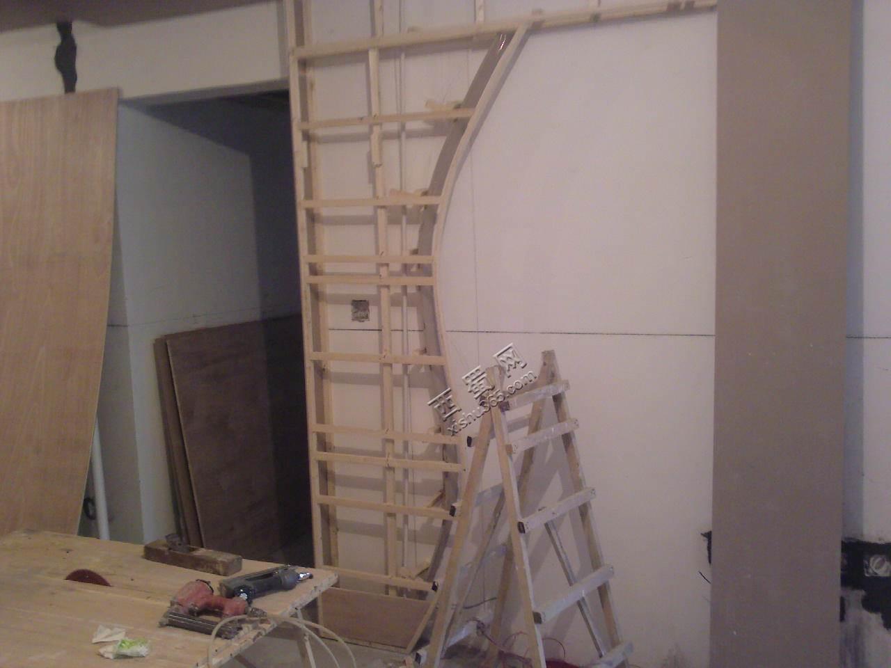电视墙的木龙骨架